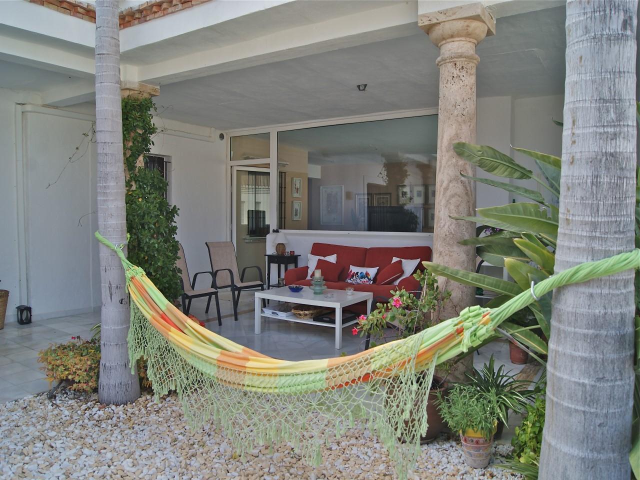 Elegant apartment near marina del este la herradura las - Marina del este la herradura ...